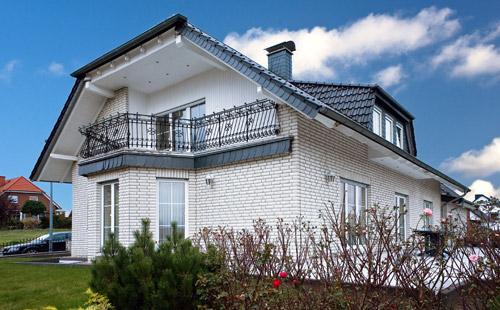 Neubau Klinker weiß Plan-Haus Juskowiak Plan-Haus Juskowiak Bauunternehmen