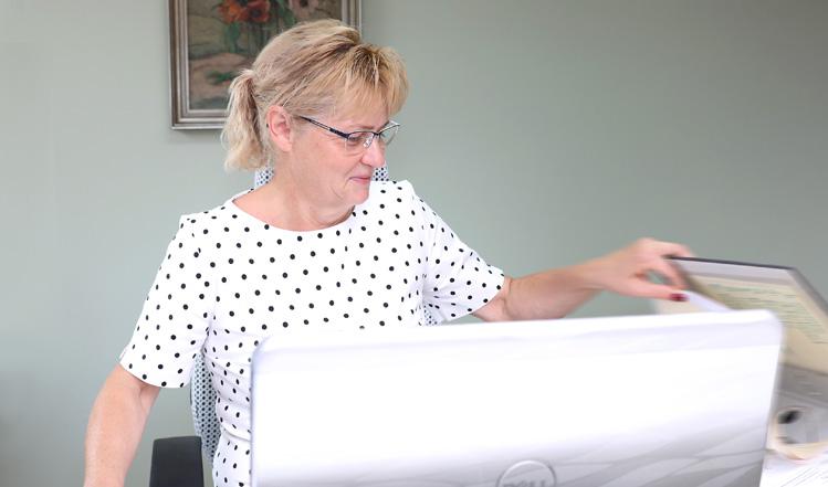 Joanna Juskowiak: Personalleitung, Buchführung